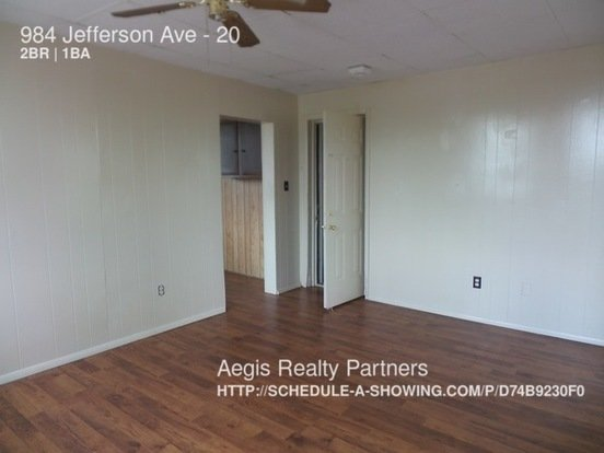 2 Bedrooms 1 Bathroom House for rent at 984 Jefferson Ave in Washington, PA