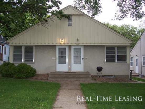 3 Bedrooms 1 Bathroom House for rent at 3809 France Ave. S. in Minneapolis, MN