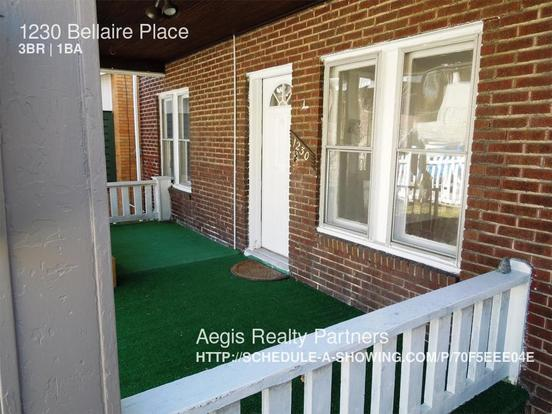 3 Bedrooms 1 Bathroom House for rent at 1230 Bellaire Pl in Pittsburgh, PA
