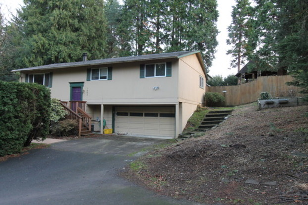 3 Bedrooms 2 Bathrooms House for rent at 7002 Se 122nd Ave in Portland, OR