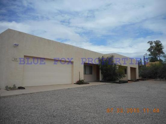 3 Bedrooms 2 Bathrooms House for rent at 6631 N. Skyway Drive in Tucson, AZ