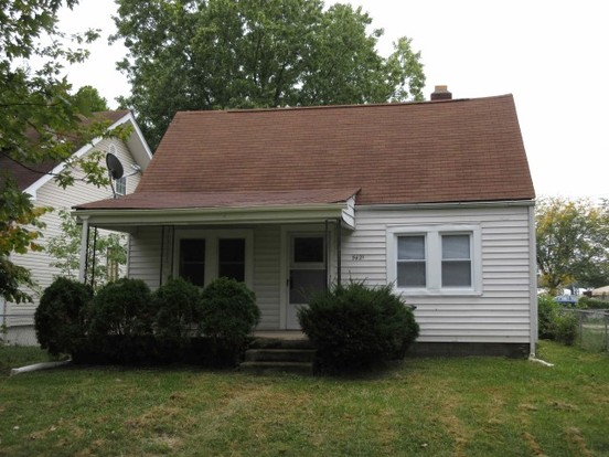 2 Bedrooms 1 Bathroom House for rent at 5421 Greenfield Ave. in Indianapolis, IN