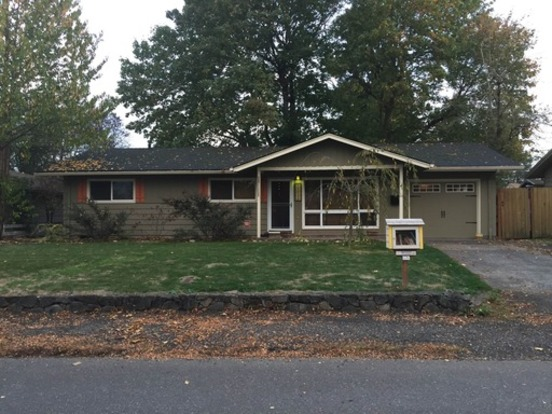 3 Bedrooms 1 Bathroom House for rent at 11912 Ne Russell St in Portland, OR