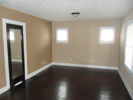 3 Bedrooms 2 Bathrooms House for rent at 816 N Grant Ave in Indianapolis, IN