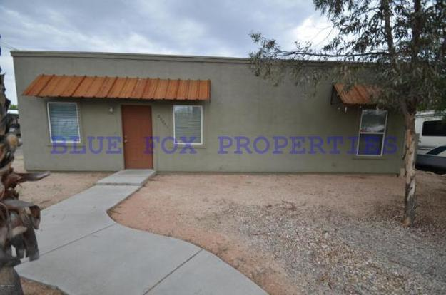 2 Bedrooms 2 Bathrooms House for rent at 2201 N. Sparkman Blvd in Tucson, AZ