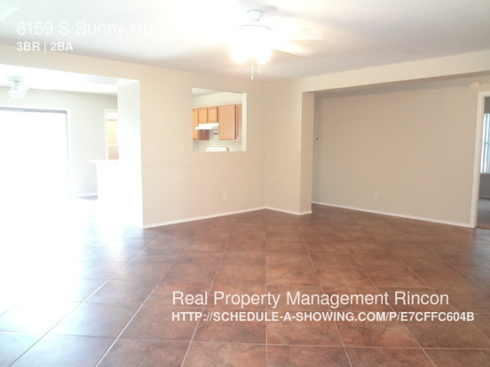 3 Bedrooms 2 Bathrooms House for rent at 8159 S Sunny Horizon Pl in Tucson, AZ