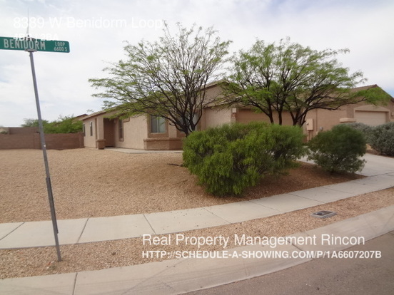 4 Bedrooms 2 Bathrooms House for rent at 8389 W Benidorm Loop in Tucson, AZ