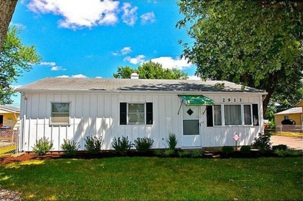 3 Bedrooms 1 Bathroom House for rent at 2913 N Boehning St in Indianapolis, IN