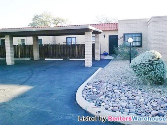 3 Bedrooms 2 Bathrooms House for rent at 9002 E Calle Diego in Tucson, AZ