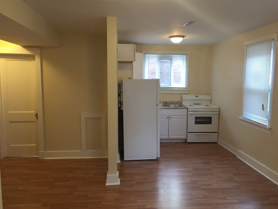 2 Bedrooms 1 Bathroom House for rent at 915 Chartiers Ave in Pittsburgh, PA