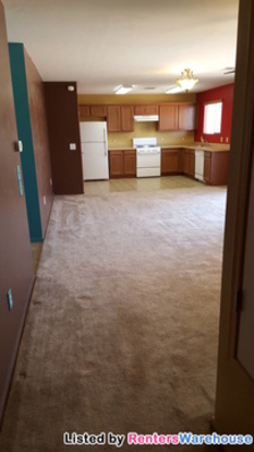 3 Bedrooms 2 Bathrooms House for rent at 8376 W Screech Owl Dr in Tucson, AZ