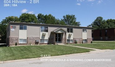 604 Hillview Apartment for rent in Normal, IL
