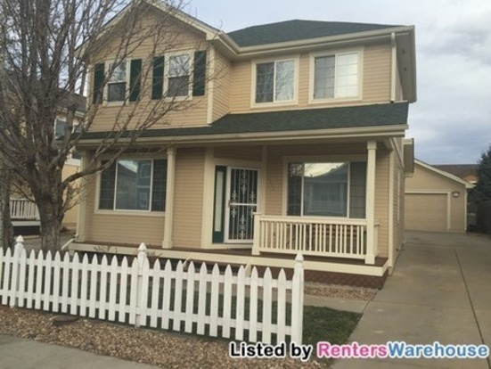 3 Bedrooms 3 Bathrooms House for rent at 8175 E Harvard Cir in Denver, CO