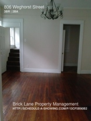 3 Bedrooms 1 Bathroom House for rent at 806 Weghorst Street in Indianapolis, IN