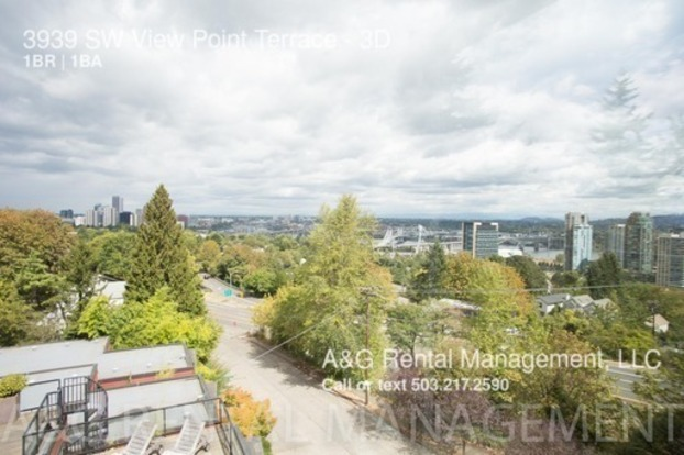 1 Bedroom 1 Bathroom House for rent at 3939 Sw View Point Terrace in Portland, OR