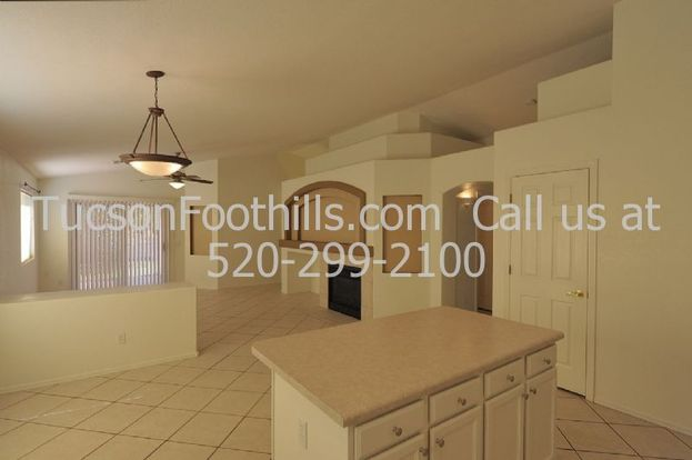3 Bedrooms 2 Bathrooms House for rent at 8992 Maxwell Dr in Tucson, AZ