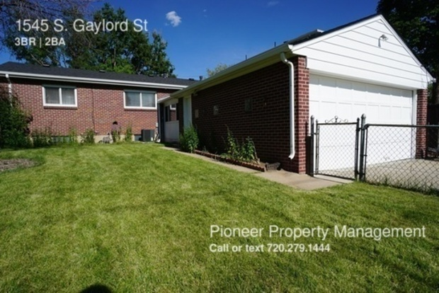 3 Bedrooms 2 Bathrooms House for rent at 1545 S. Gaylord St in Denver, CO