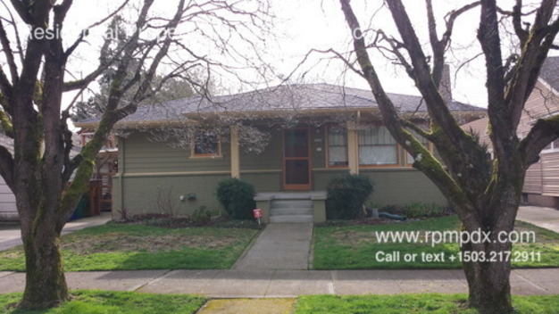 2 Bedrooms 2 Bathrooms House for rent at 7524 N. Central in Portland, OR