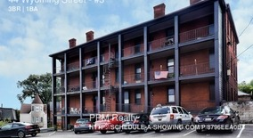 Similar Apartment at 44 Wyoming Street