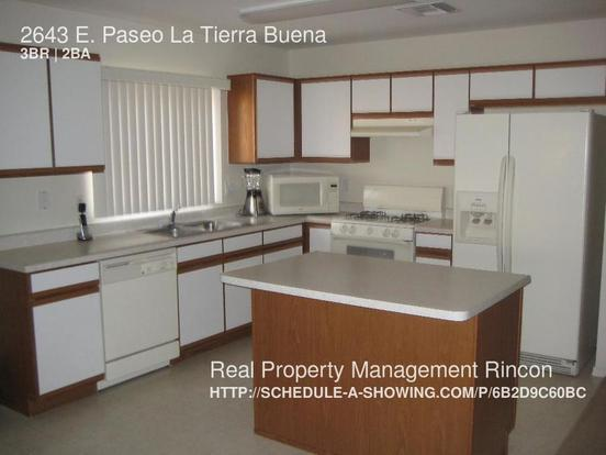 3 Bedrooms 2 Bathrooms House for rent at 2643 E. Paseo La Tierra Buena in Tucson, AZ