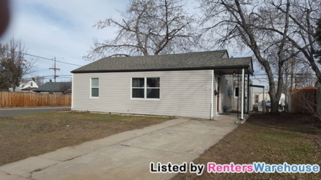 3 Bedrooms 1 Bathroom House for rent at 4990 Tejon St in Denver, CO