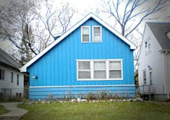3 Bedrooms 1 Bathroom House for rent at 5665 36th St in Milwaukee, WI