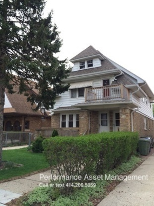 2 Bedrooms 1 Bathroom House for rent at 2545 47 N. 61 St, Lower in Milwaukee, WI