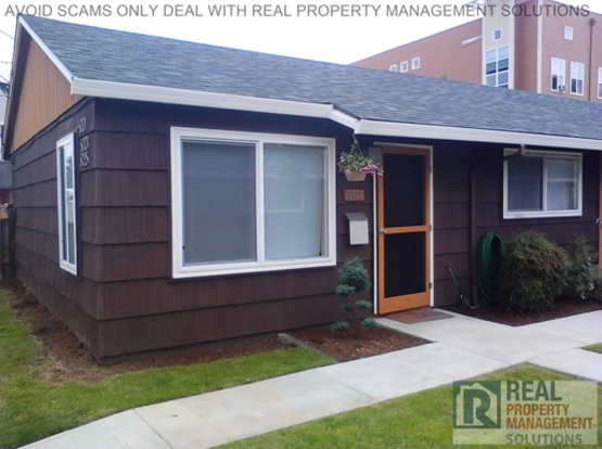 2 Bedrooms 1 Bathroom House for rent at 5021 Ne 17th Ave in Portland, OR