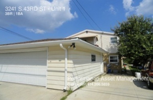 3 Bedrooms 1 Bathroom House for rent at 3241 S.43 Rd St in Milwaukee, WI