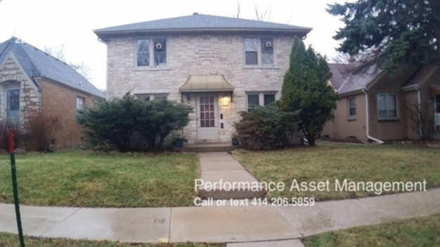 2 Bedrooms 1 Bathroom House for rent at 2335 S. 78 in Milwaukee, WI