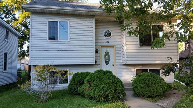 5 Bedrooms 2 Bathrooms House for rent at 532 Ceape Ave in Oshkosh, WI