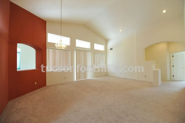 3 Bedrooms 2 Bathrooms House for rent at 8890 Penstemon Dr in Tucson, AZ