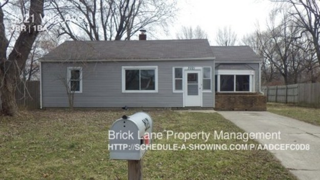3 Bedrooms 1 Bathroom House for rent at 3021 Villa Ave in Indianapolis, IN