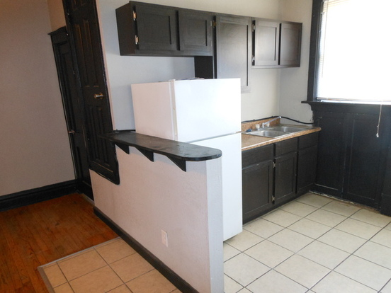 1 Bedroom 1 Bathroom House for rent at 5541 Grace in St Louis, MO