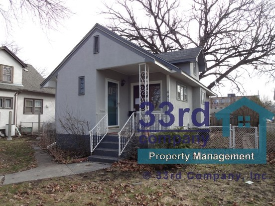 3 Bedrooms 1 Bathroom House for rent at 4415 Snelling Avenue South in Minneapolis, MN