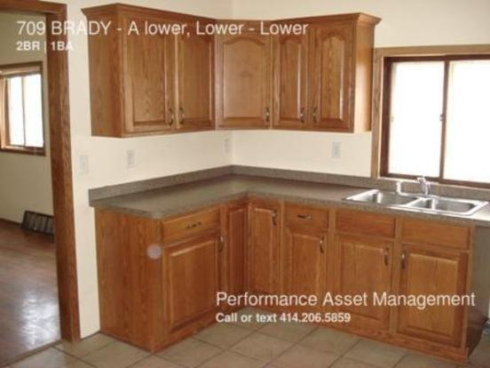 2 Bedrooms 1 Bathroom House for rent at 709 Brady A Lower, Lower in Milwaukee, WI
