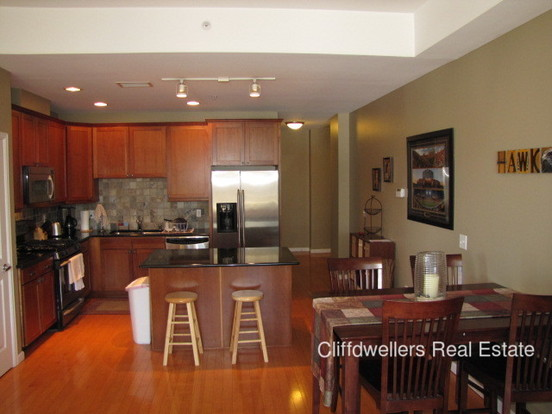 2 Bedrooms 2 Bathrooms House for rent at 1950 Logan Street in Denver, CO