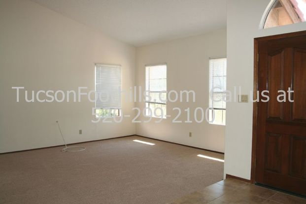 3 Bedrooms 2 Bathrooms House for rent at 5410 Airway Dr in Tucson, AZ