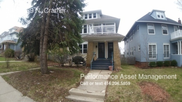 2 Bedrooms 1 Bathroom House for rent at 3487 in Milwaukee, WI