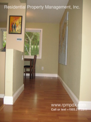 3 Bedrooms 2 Bathrooms House for rent at 7730 Sw 87th Ave in Portland, OR
