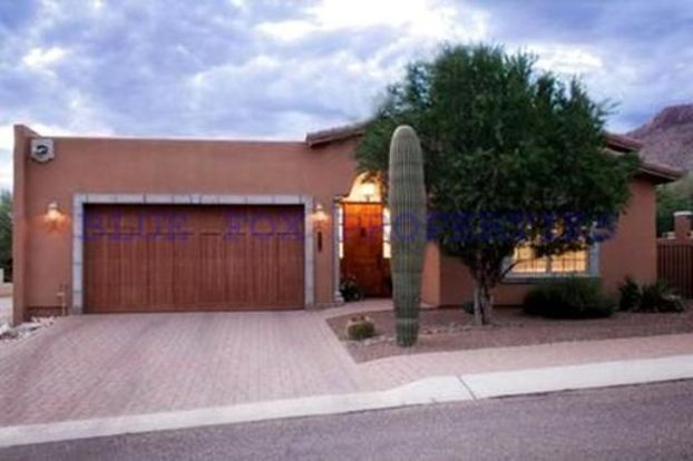 2 Bedrooms 2 Bathrooms House for rent at 7613 N Viale Di Buona Fortuna in Tucson, AZ