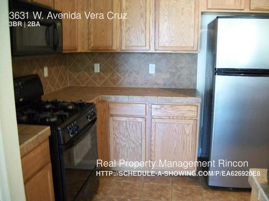 3 Bedrooms 2 Bathrooms House for rent at 3631 W. Avenida Vera Cruz in Tucson, AZ