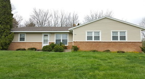 5909 Crestmoor Dr Southeast Apartment for rent in Kentwood, MI