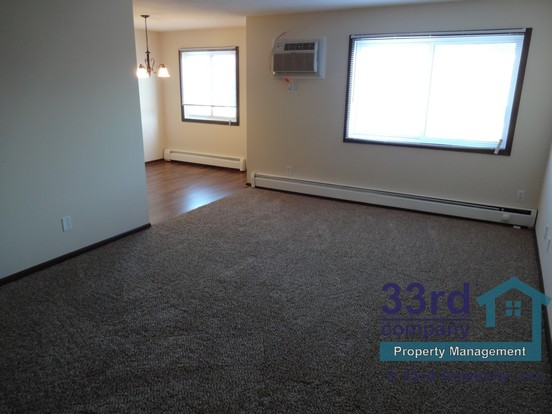 2 Bedrooms 1 Bathroom House for rent at 333 8th Street Se in Minneapolis, MN