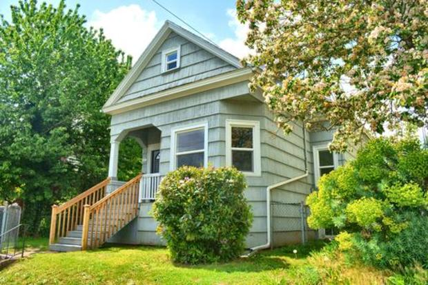 3 Bedrooms 1 Bathroom House for rent at 3807 Ne Cleveland Ave. in Portland, OR