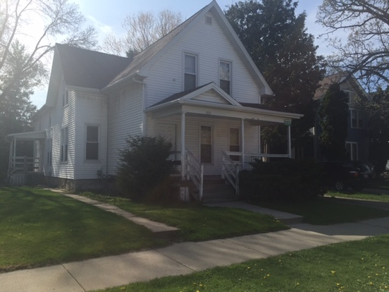 4 Bedrooms 1 Bathroom House for rent at 723 Wright St in Oshkosh, WI