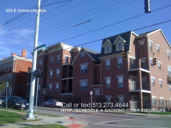 2 Bedrooms 1 Bathroom House for rent at 203 E University Ave in Cincinnati, OH