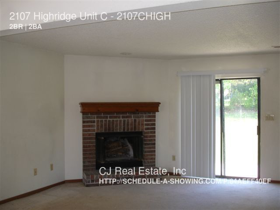 2 Bedrooms 1 Bathroom House for rent at 2107 Highridge in Pleasant Hill, MO