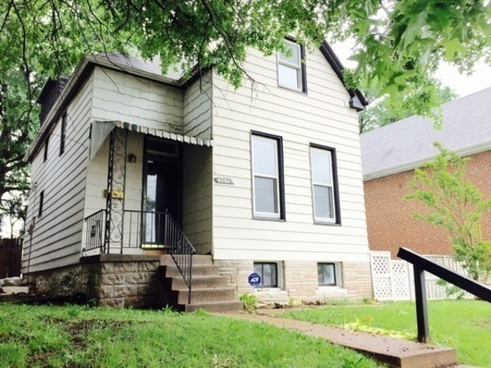 3 Bedrooms 1 Bathroom House for rent at 4261 Bingham Ave in St Louis, MO