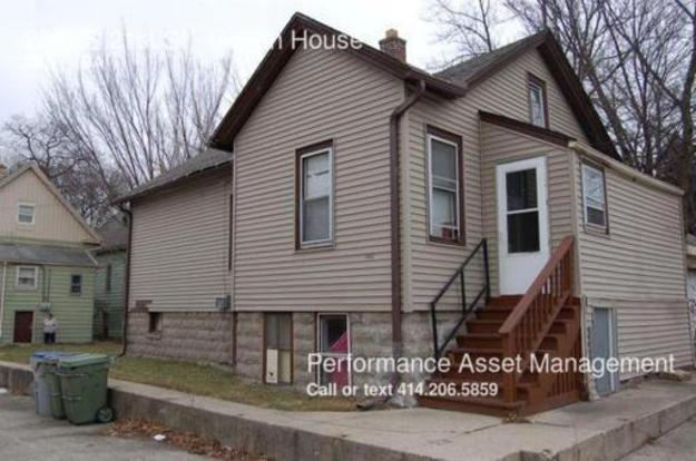 2 Bedrooms 1 Bathroom House for rent at 2221 S 21st St in Milwaukee, WI